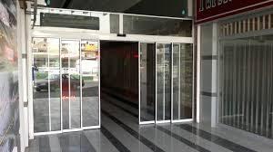 images 10 300x168 - تعمیر درب اتوماتیک شیشه ای